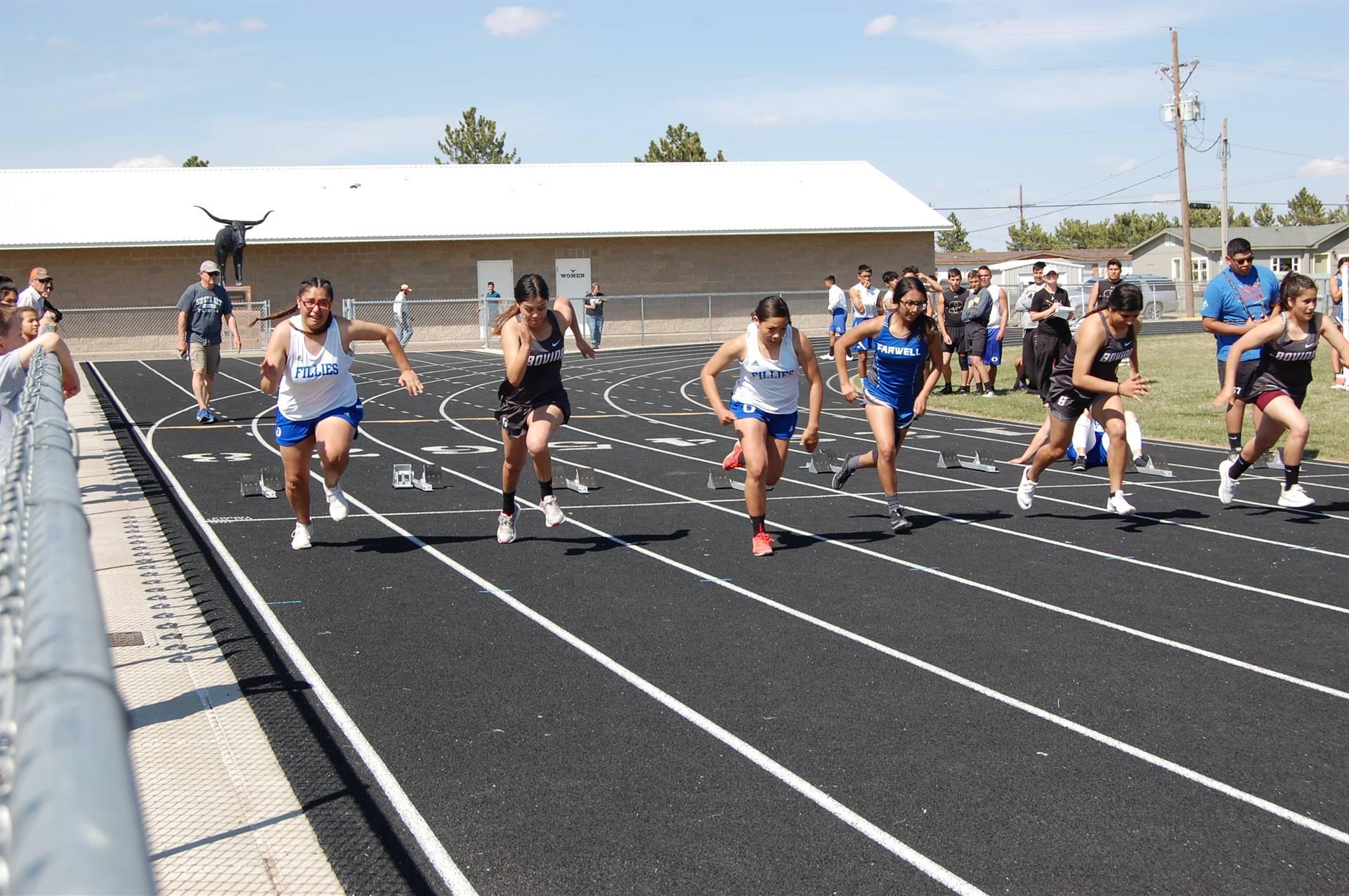 Bovina Track Team running a race